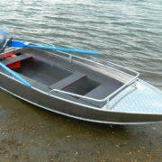 Лодка Wyatboat-390M